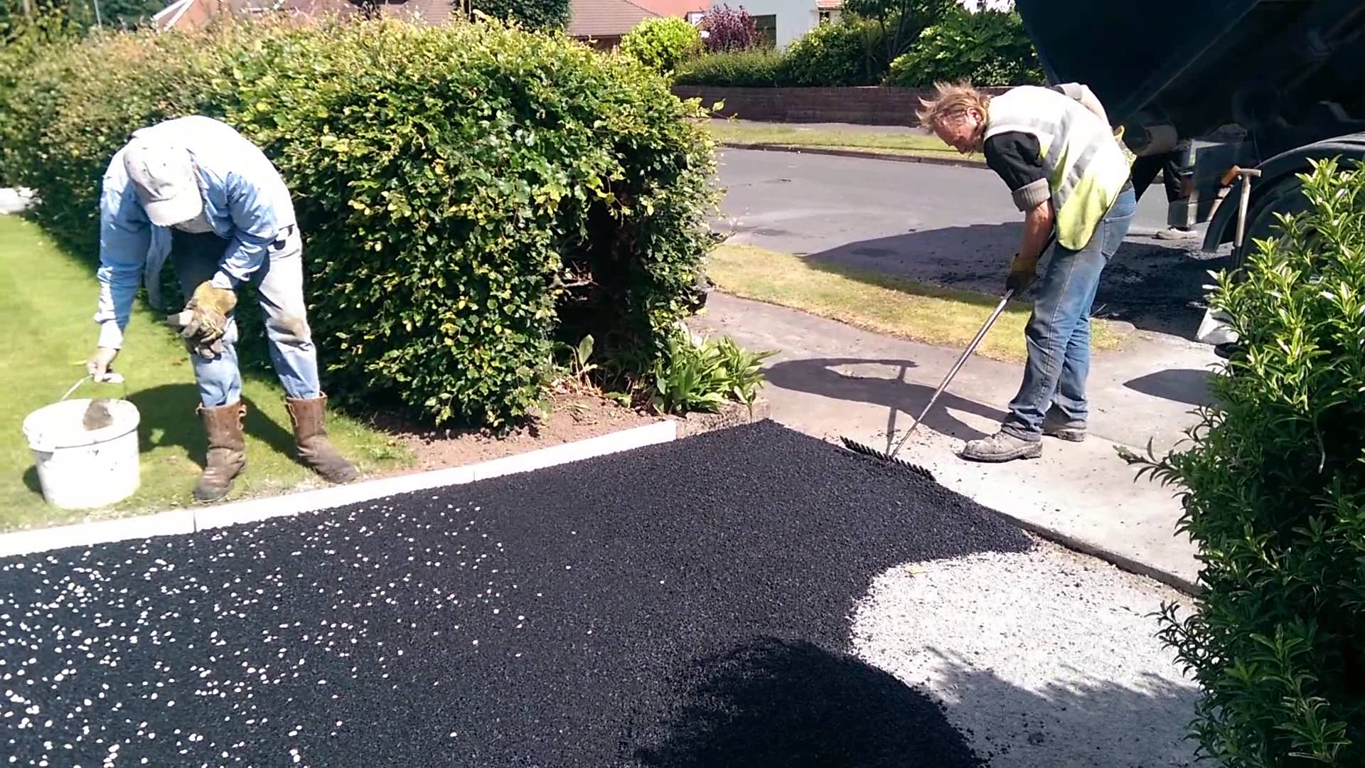 tarmac surfacing contractors